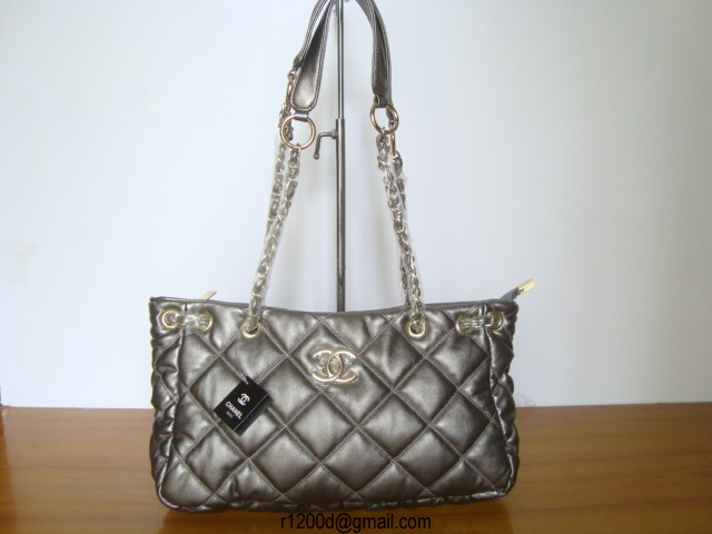e0fc00aec8 sac chanel contrefacon,sac a main chanel vintage,sac a main chanel classique