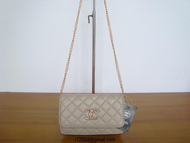 sac chanel gris de luxe pas cher sac de luxe pour femme sac chanel. Black Bedroom Furniture Sets. Home Design Ideas