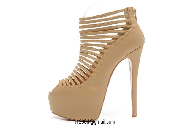 chaussure christian louboutin pas cher