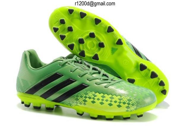 Chaussures Soldes Cher Football chaussures Pas De wmN8n0